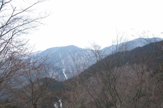 20102215a11a4